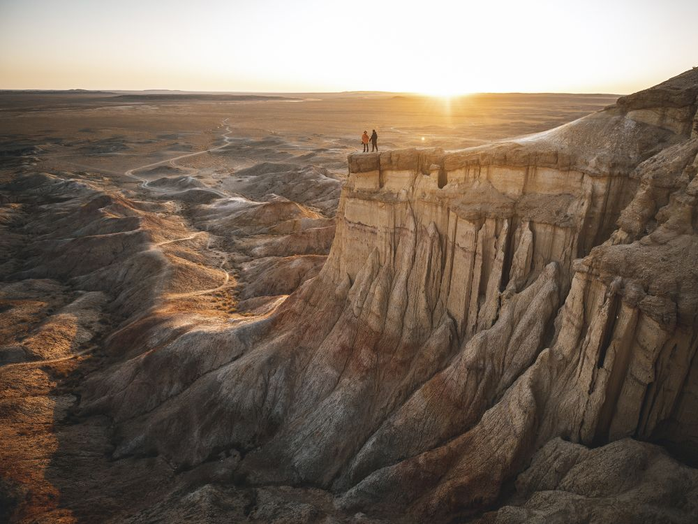 Mongolia Flaming Cliffs (Credit: Max Muench/Follow the Tracks))