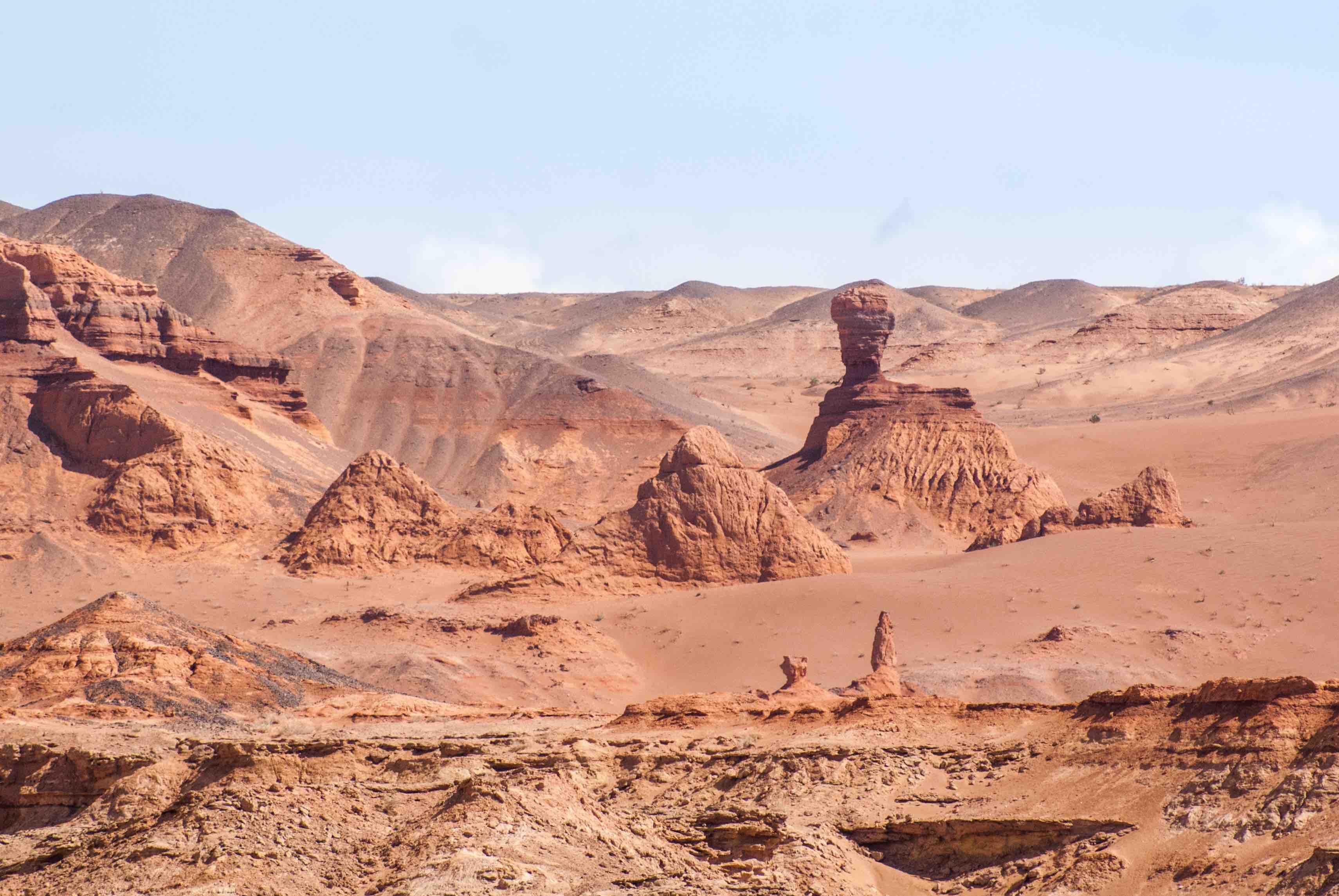 Khermen Tsav Canyon Gobi desert