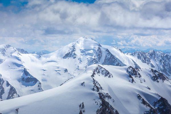 Burged (Eagle) Mountain