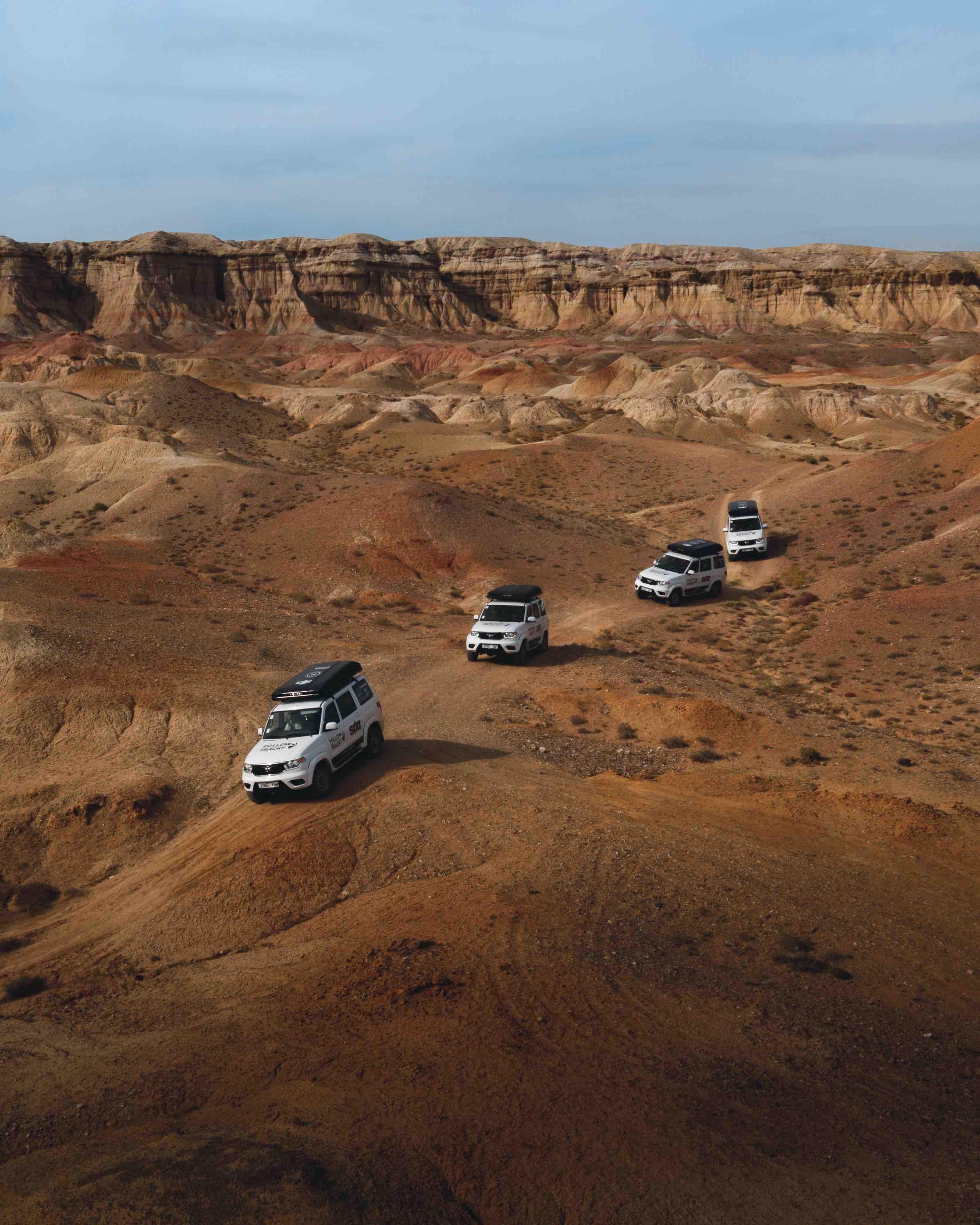 Mongolia Gobi Convoy driving