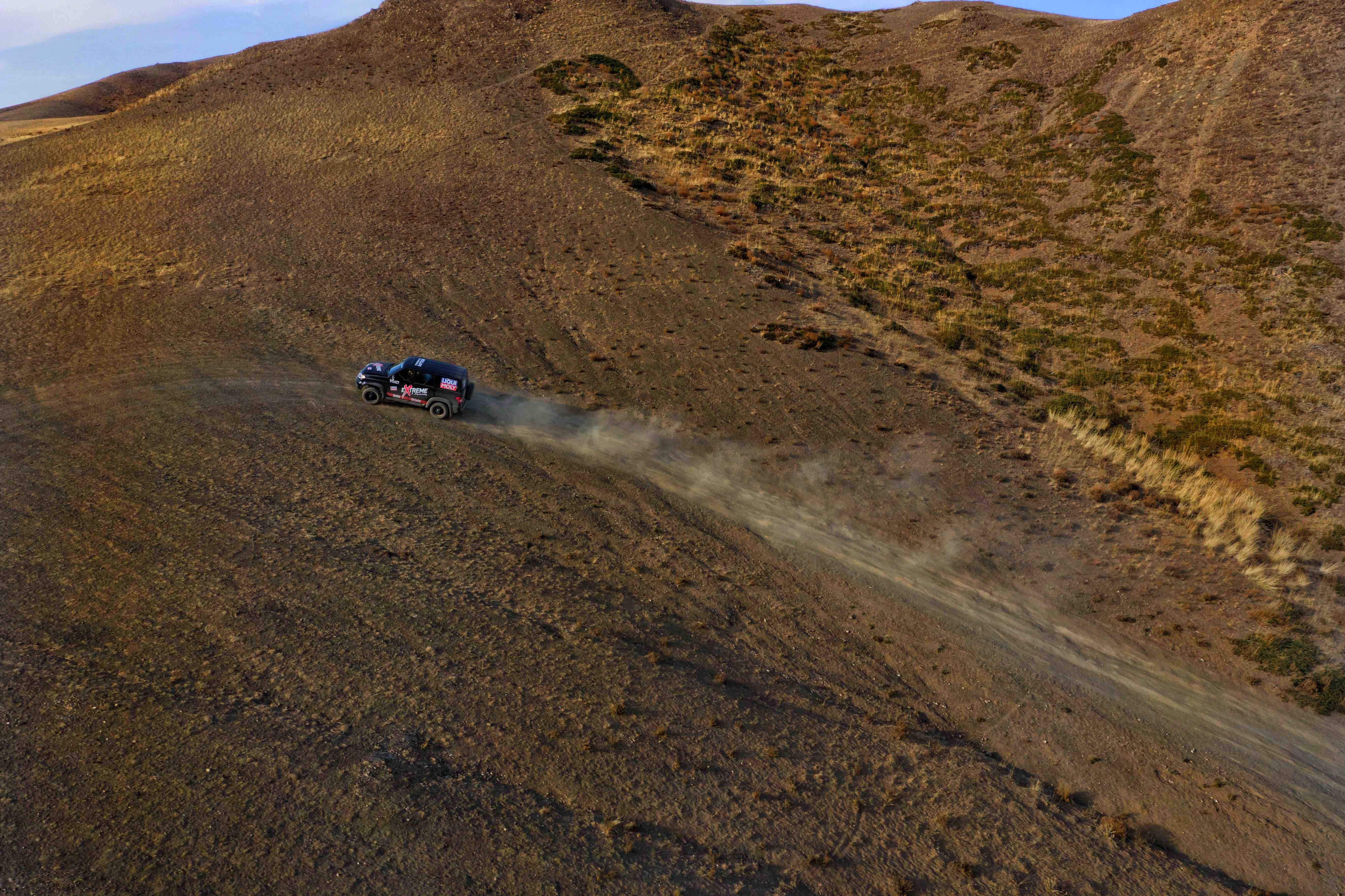 Mongolia self drive uphill